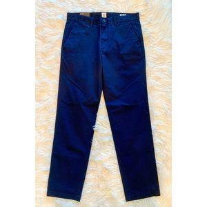 NWT GAP Mens Navy Flat Front Straight Leg Pants